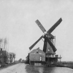 1900: ansichtkaart met korenmolen Nootdorp